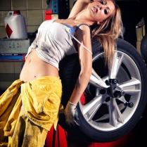 Eusebio Garcia Fotografia - Sesion Taller Mecanico Sexy - Laura 04